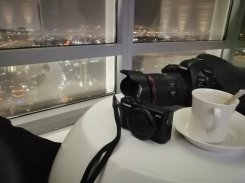 A cup of cappacino,a G7x & A 5d MarkV session